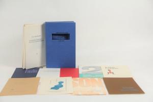 70/1287   [De Blauwe Scheen]. Een doos die eenmaal open nooit meer dicht.
