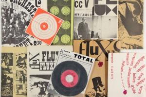 70/352   [Fluxus]. Fluxus International & Co.