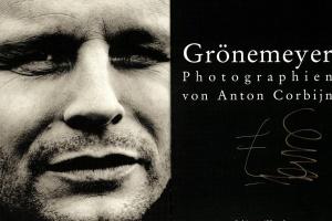 70/576   [Photography]. Corbijn, A.