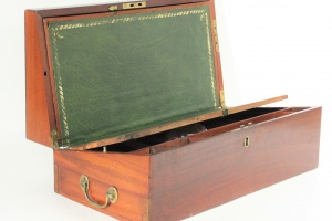 70/103   [Stationery and vintage art supplies]. Writing case,