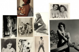 70/4448   [Erotica]. Lot of ±15 erotic photographs,
