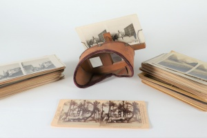 70/4579   [Stereophotographs]. Lot of ±130 stereophotographs,