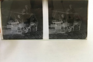 70/2332   [Photographs. Stereophotographs]. Lot of ±20 stereoscopic glass